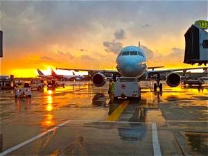 PHicks Airplane photo rev
